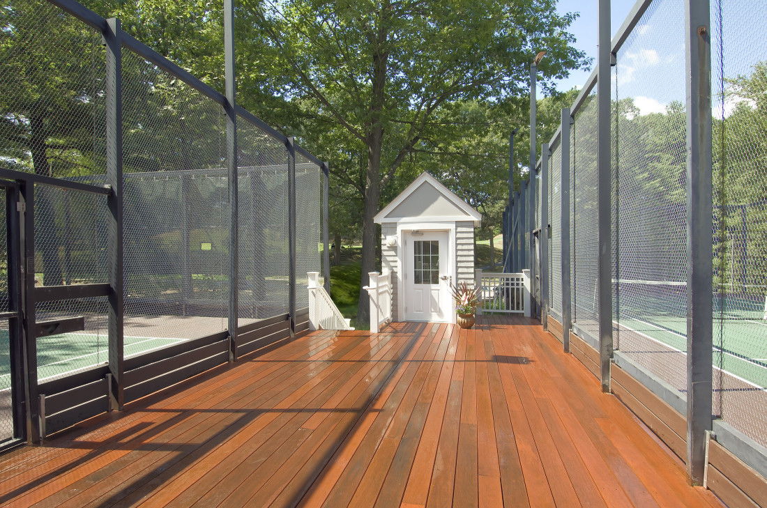 ADA Accessible Paddle Tennis Hut